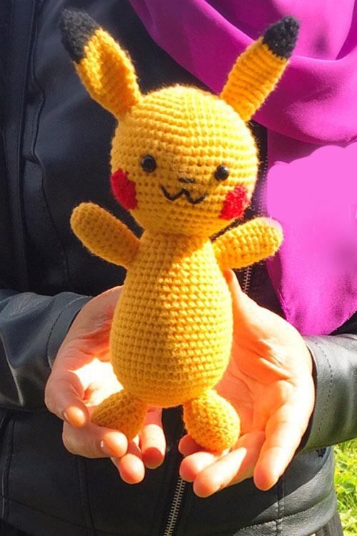 Büyük PİKACHU   Pikachu, Amigurumi modelleri, Örme bebekler   750x500