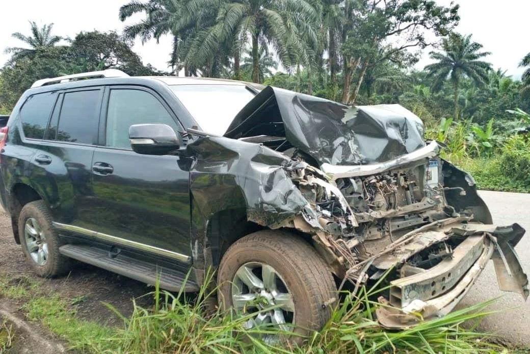 L'état de la voiture après l'accident de Eto'o