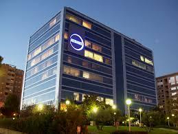Acerinox recorta un 44% su beneficio en el primer trimestre, hasta 33 millones