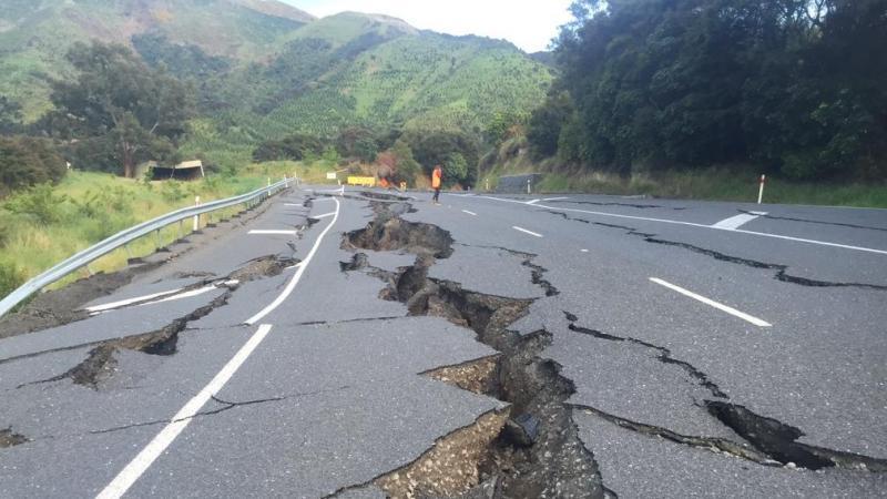 Poderoso terremoto de 7.4 ha azotado Nueva Zelanda