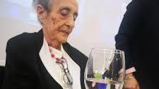Carmen Calvo lamenta la muerte de la poeta Mariluz Escribano