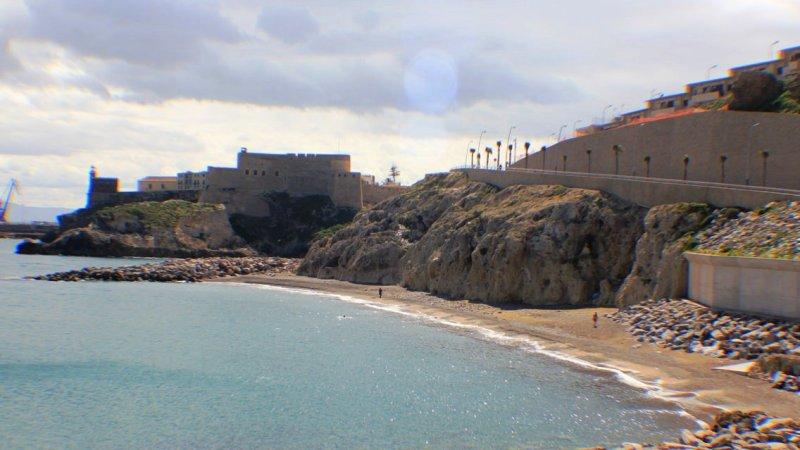 Reabren las playas de Melilla