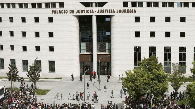 Arranca el juicio a seis exmandatarios de Osasuna y tres exfutbolistas del Betis acusados de amañar partidos