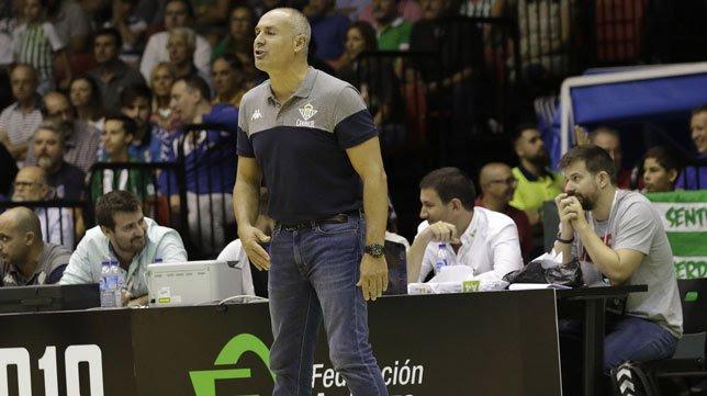 Curro Segura deja en 20 su récord de triunfos consecutivos como local