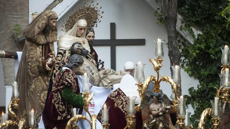 La leyenda de la 'Sagrada Mortaja' y apariciones milagrosas de la Semana Santa