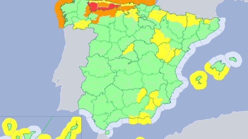 Previstos avisos amarillos este viernes por viento y oleaje en Almería y Granada y por nevadas en Jaén