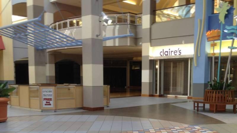 Alertan que compra online puede suponer el fin de los centros comerciales
