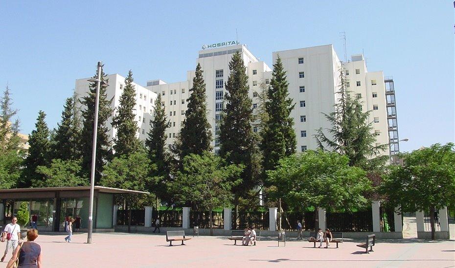 Evacuado al hospital un escalador que cayó desde una altura de 12 metros en la Sierra de Alfaguara
