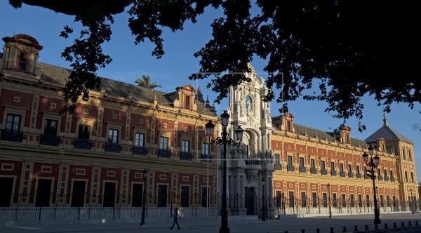 Andalucía incumplirá el déficit este año, que será del 0,3 %, según Fedea