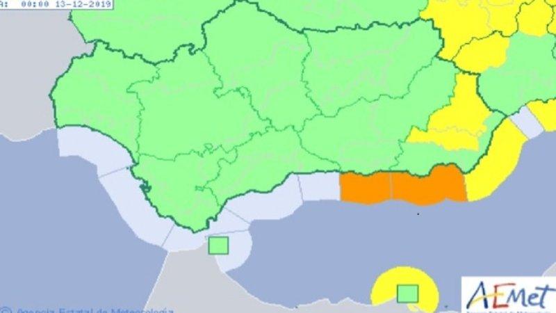 Aviso naranja este jueves por fenómenos costeros en Granada y Almería