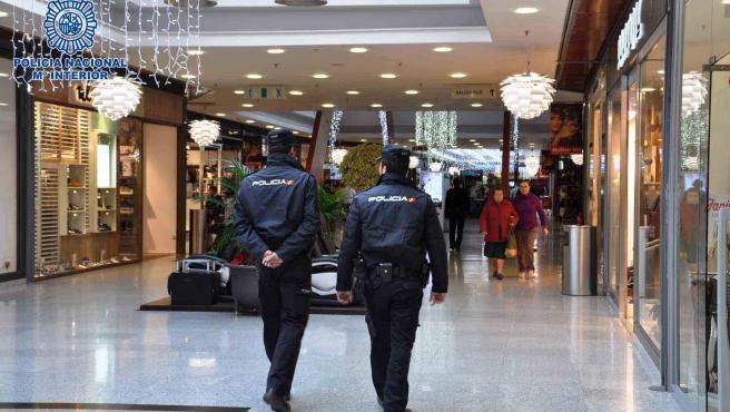 Más de 60 denunciados en un entierro multitudinario en Granada