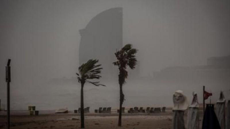 El temporal 'Gloria' abandona, poco a poco, la península ibérica