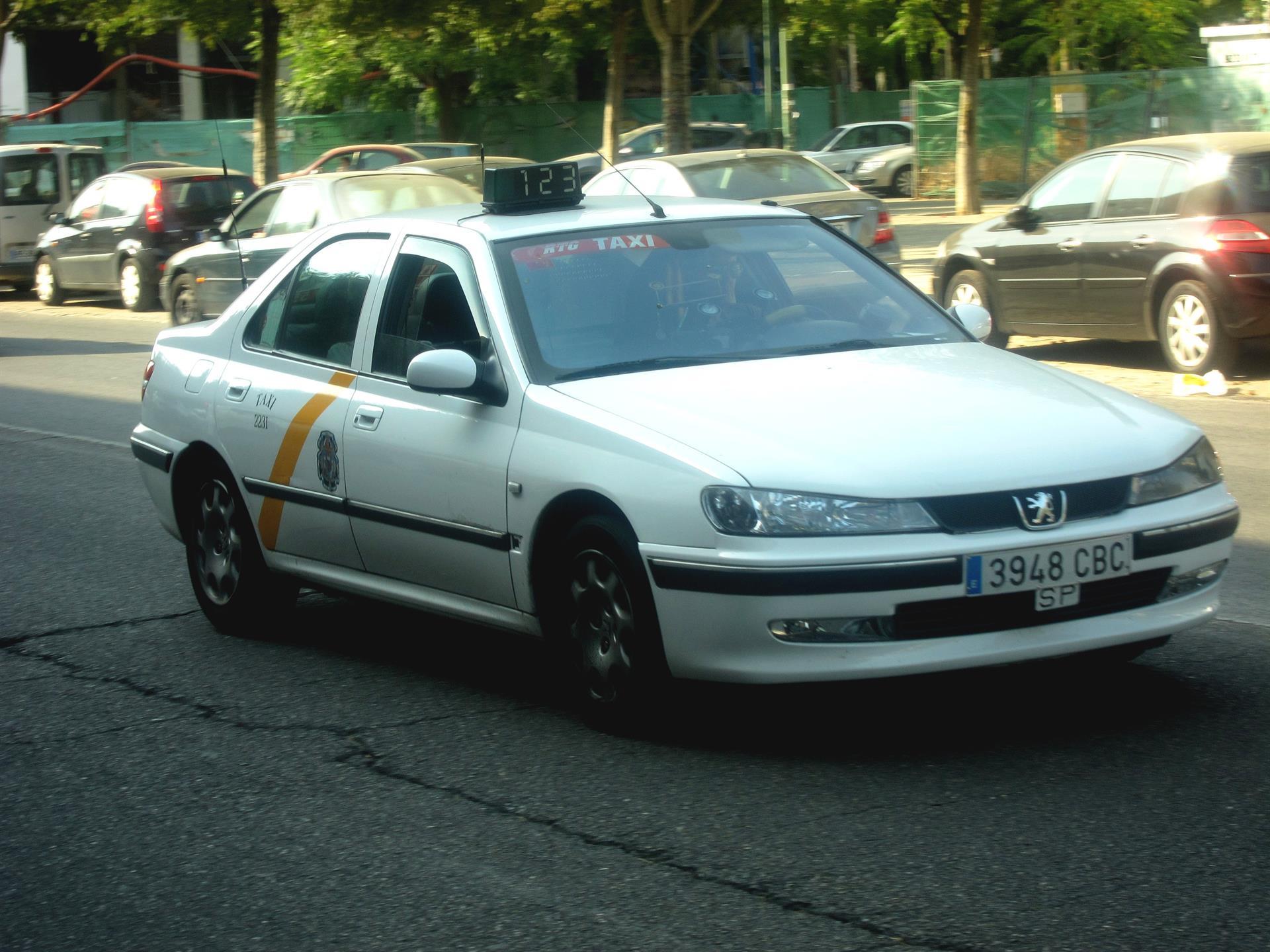 El Instituto del Taxi libera de descanso obligatorio a toda la flota la tarde y noche de la Cabalgata de Reyes