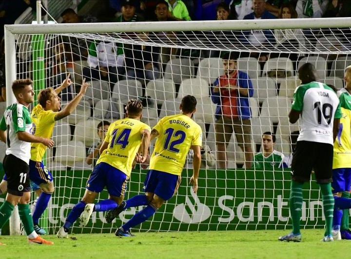 1-2. El Cádiz regresa al liderato