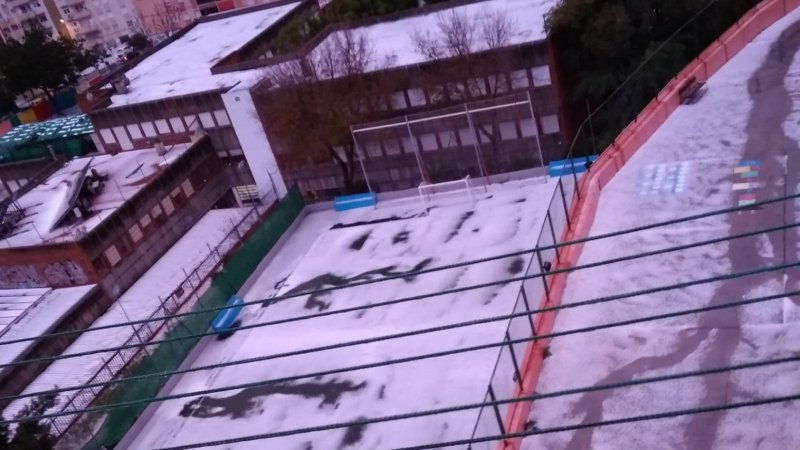 Cerrados los colegios de El Limonar, Mayorazgo y Parque Clavero de Málaga tras la granizada