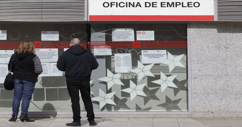 Nuevo fraude en los ERTE: alguna empresa obliga a reincorporarse a cambio de un 'sobresueldo' en B