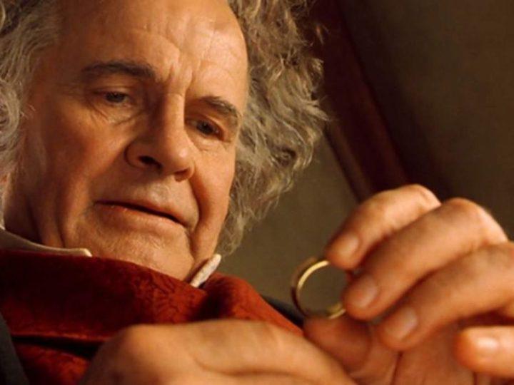 Muere el actor Ian Holm, que encarnó a Bilbo Baggins en 'El Señor de los Anillos'