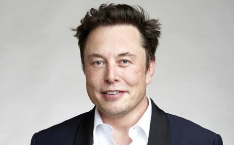 Elon Musk revela en qué año SpaceX enviará a los primeros humanos a Marte