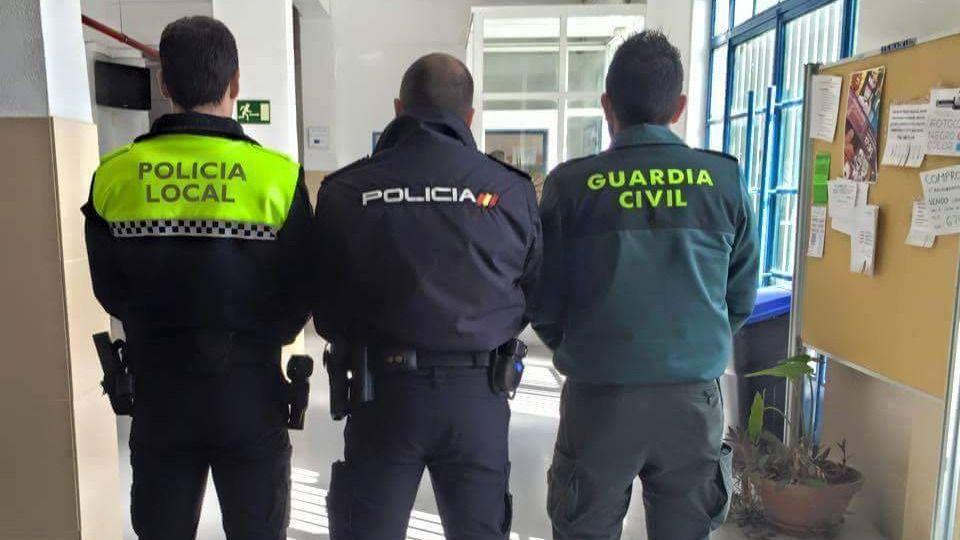 Las Fuerzas y Cuerpos de Seguridad de Andalucía comenzarán a ser vacunados la próxima semana