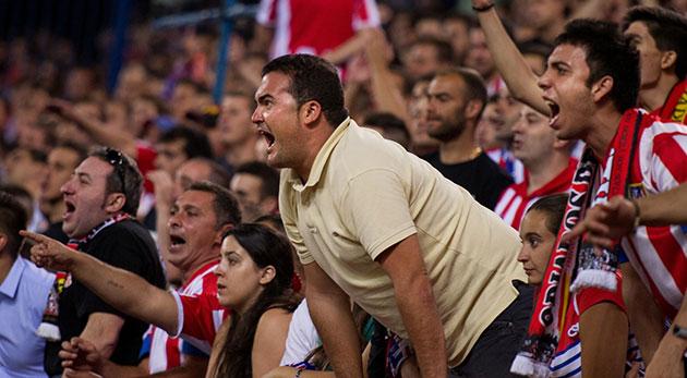 ¿Son racistas los aficionados en el fútbol español?