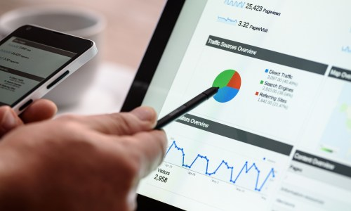 how to convert your website visitors into paying customers