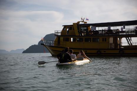 Phuket-Sea-kayak-cave