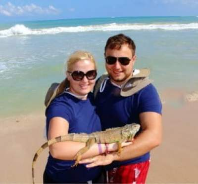 picture with iguana