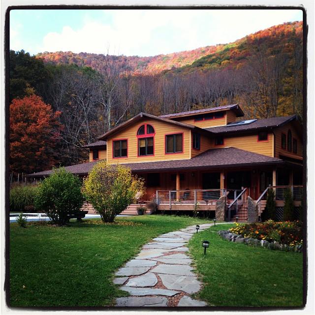 Wedding Venues In Hudson Valley Ny: Menla: A Hudson Valley Rustic Wedding Venue