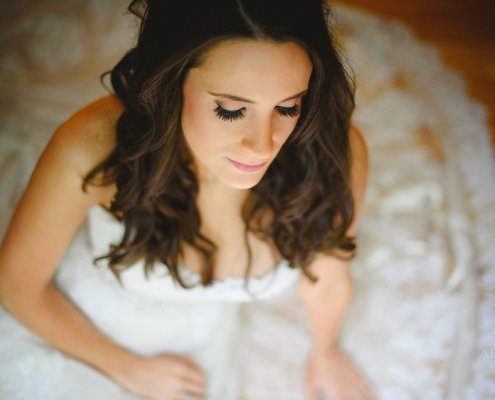 bride - oak hill wedding