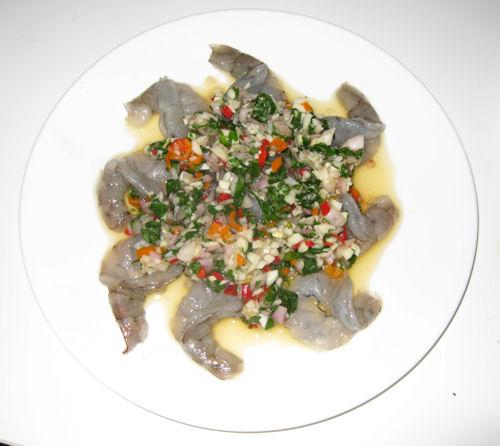 Raw prawn salad