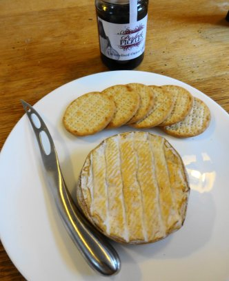 Winslade and crackers