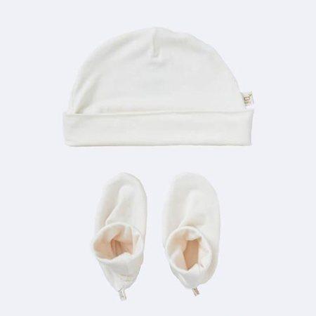 Lækre oeko-tex certificerede hue og futter i økologisk bambus. Køb babytøj fri for skadelig kemi hos Elixira.