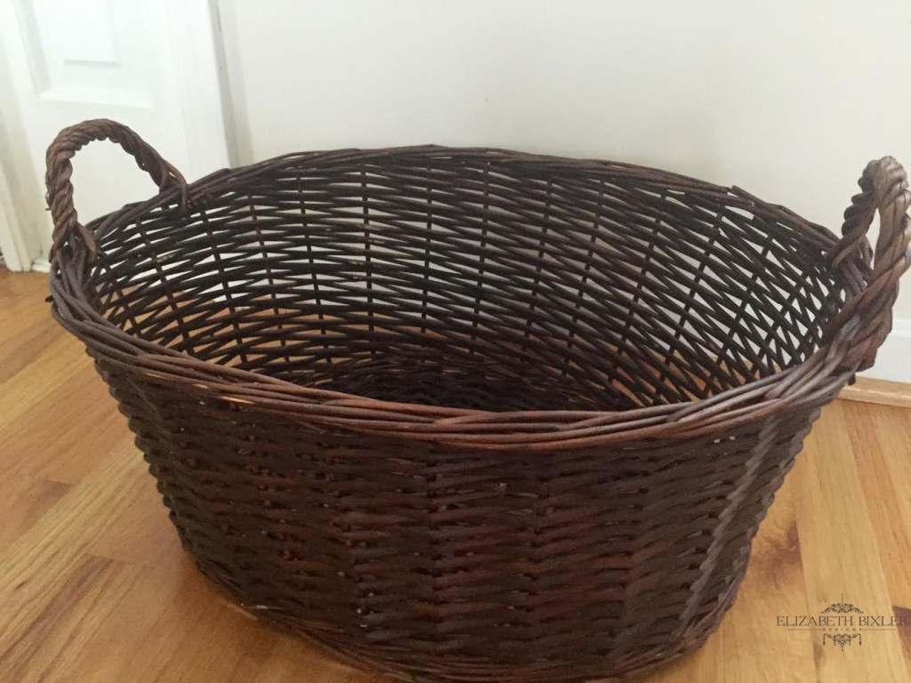 Decoart Americana Decor Chalk Paint Basket Before