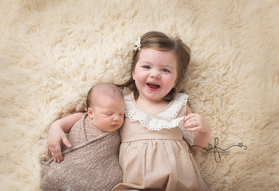 Sibling Newborn Photography | Newborn with Sibling | CT Newborn Photographer Elizabeth Frederick Photography
