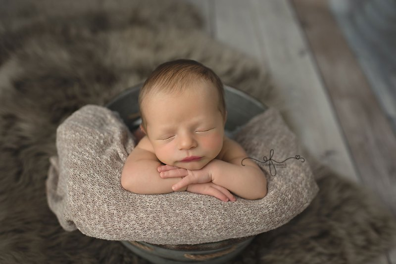 Newborn mini session blues and browns ct newborn photographer ct newborn mini photographer