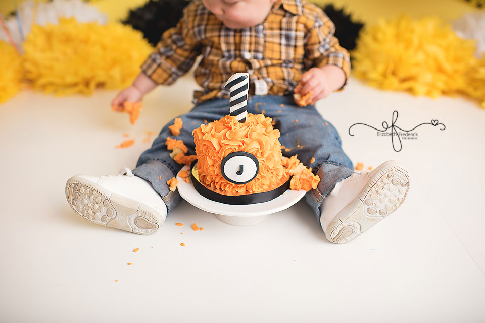 Construction Themed Smash Cake Photography Session   CT Smash Cake Photographer Elizabeth Frederick Photography