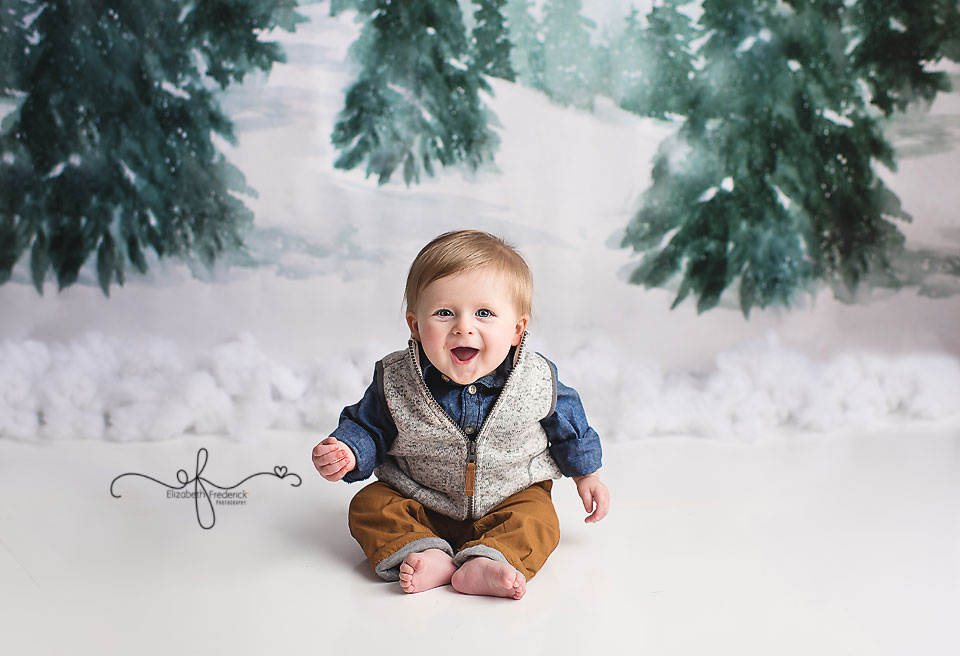 Fun 6 month sitter milestone baby photography session CT Baby Photographer Elizabeth Frederick Photography