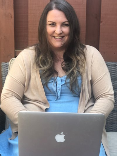 Meet Emily Conley from Emily Writes Well.