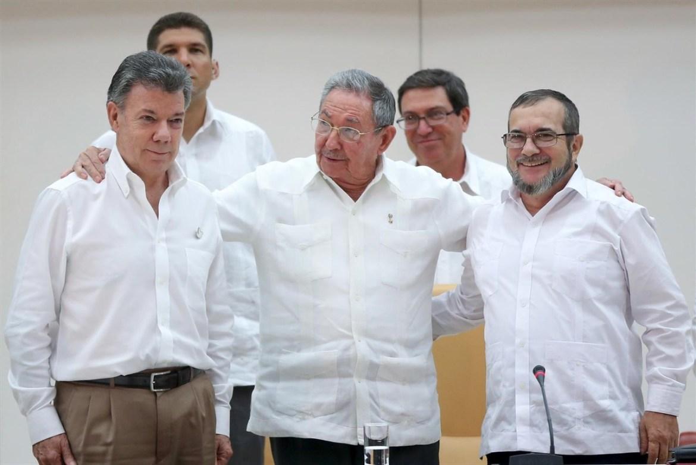 foto de dialogos de paz en Cuba