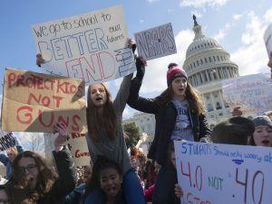 foto Estudiantes de Florida se manifiestan en Washington