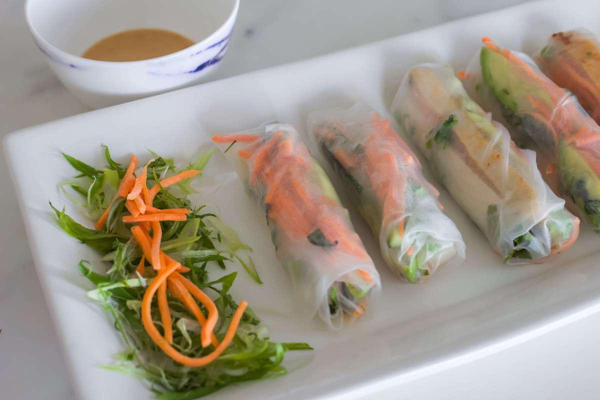 Vietnamese Spring Rolls with Chicken and Tofu, Spring Roll Recipe, Summer Spring Rolls