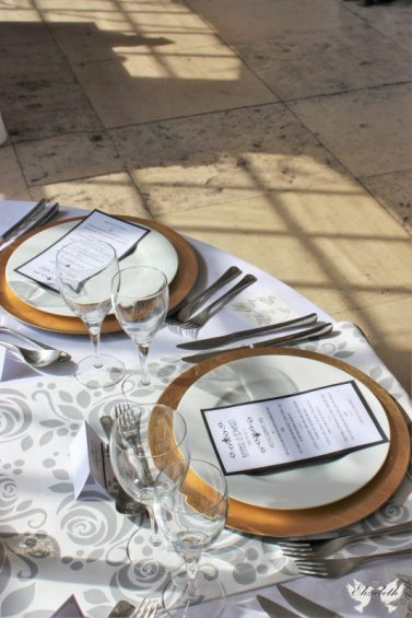 Gold Charger plates and bespoke table runner- Elizabeth Weddings