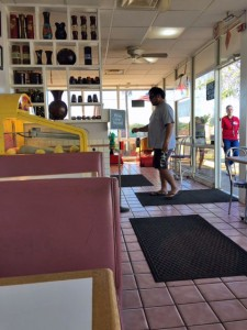 Molokai Pizza Cafe is a throwback to 1950s Hawaii