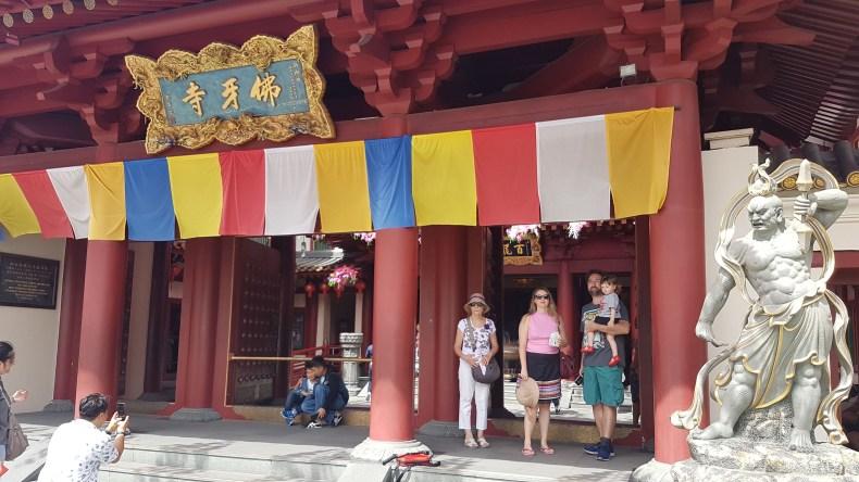 O que fazer em Singapura em 3 dias: : Templo budista Buddha Tooth Relic Temple and Museum