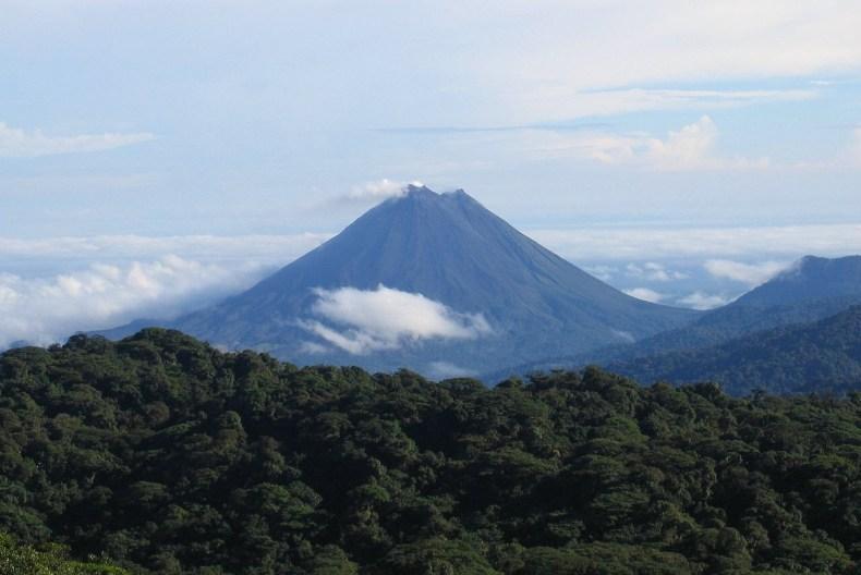Vulcão Arenal. Costa Rica. Foto retirada da Wikipedia