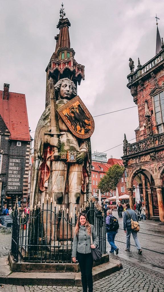 A estátua de Roland, erguida em 1404,  é Patrimônio histórico e cultural da humanidade. bremen