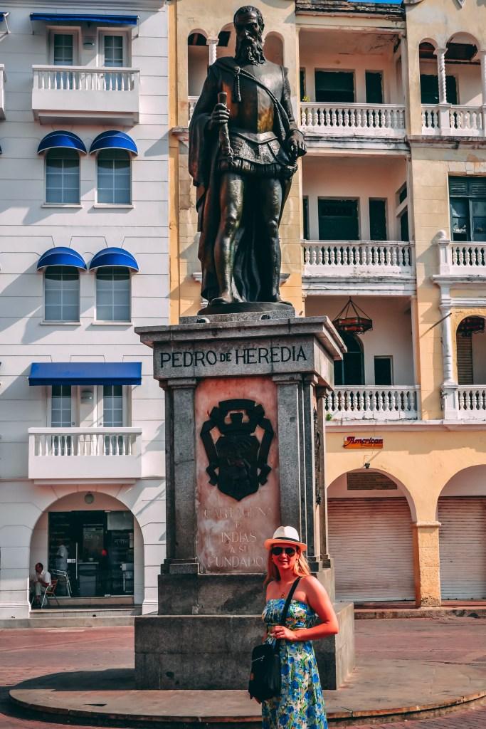 enfim enquanto então entretanto eventualmente igualmente inegavelmente inesperadamente mas outrossim pois porquanto porque portanto posteriormente precipuamente primeiramente primordialmente principalmente salvo semelhantemente similarmente Cartagena  das índias viagem  turismo caribe
