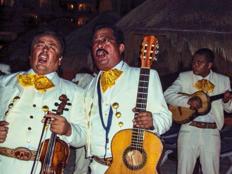 típicos Mariachis na Riviera Maya