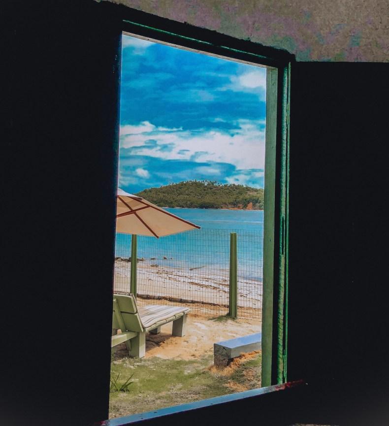 janela lateral da capelinha dos carneiros