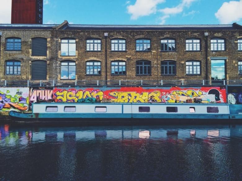 Narrow boat art- canal graffiti art.
